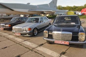 mb_retro_car_8